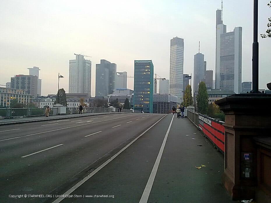 Frankfurt bridge